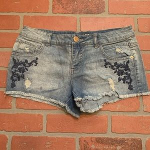 Mossimo Jean Denim Embroidered Shorts LL16